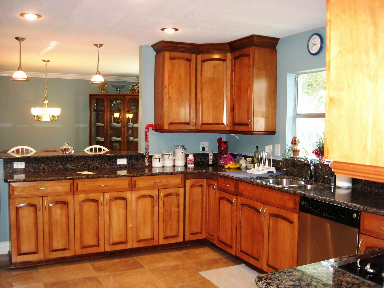 Awesome Kitchen Paint Colors With Maple Cabinets — Schmidt ...