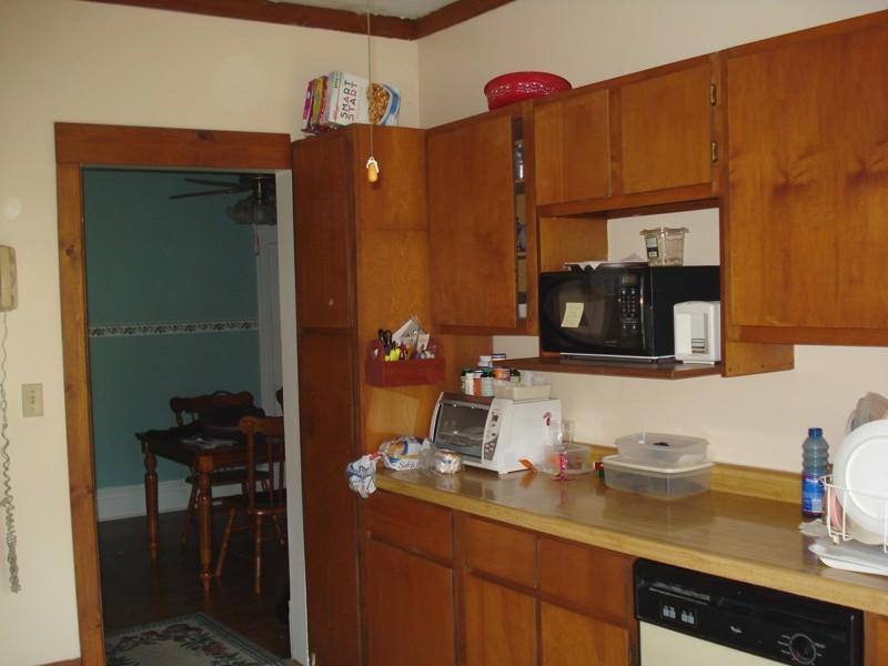 good flat kitchen cabinet doors makeover schmidt gallery design. Black Bedroom Furniture Sets. Home Design Ideas