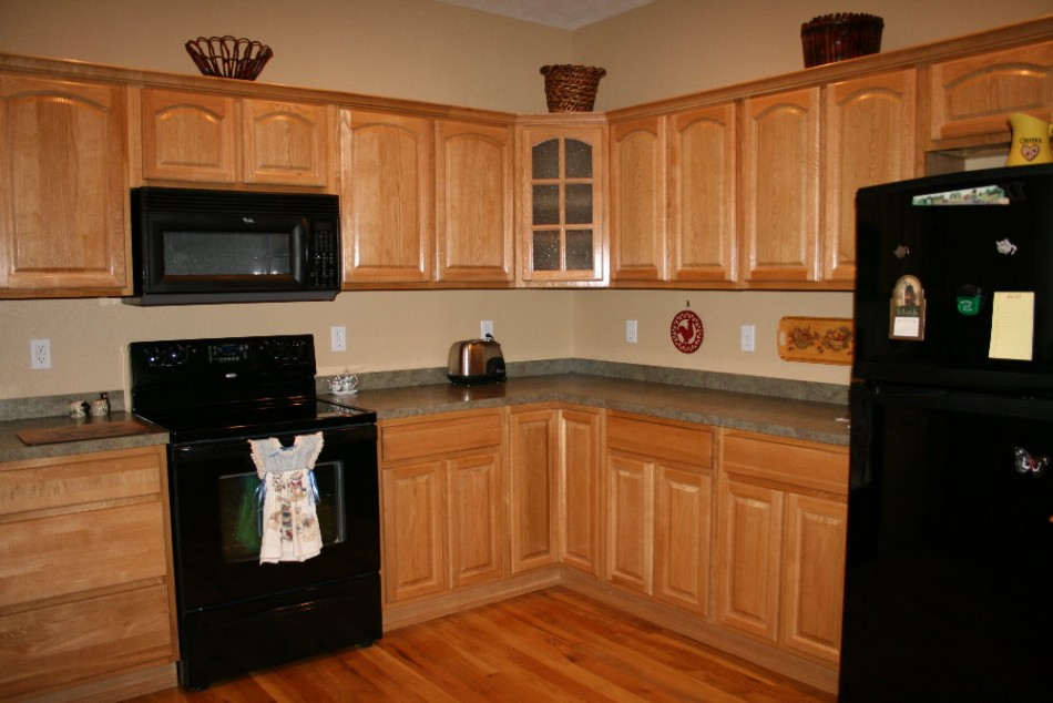 terrific kitchen colors light oak cabinets | Nice Kitchen Paint Colors With Light Oak Cabinets ...