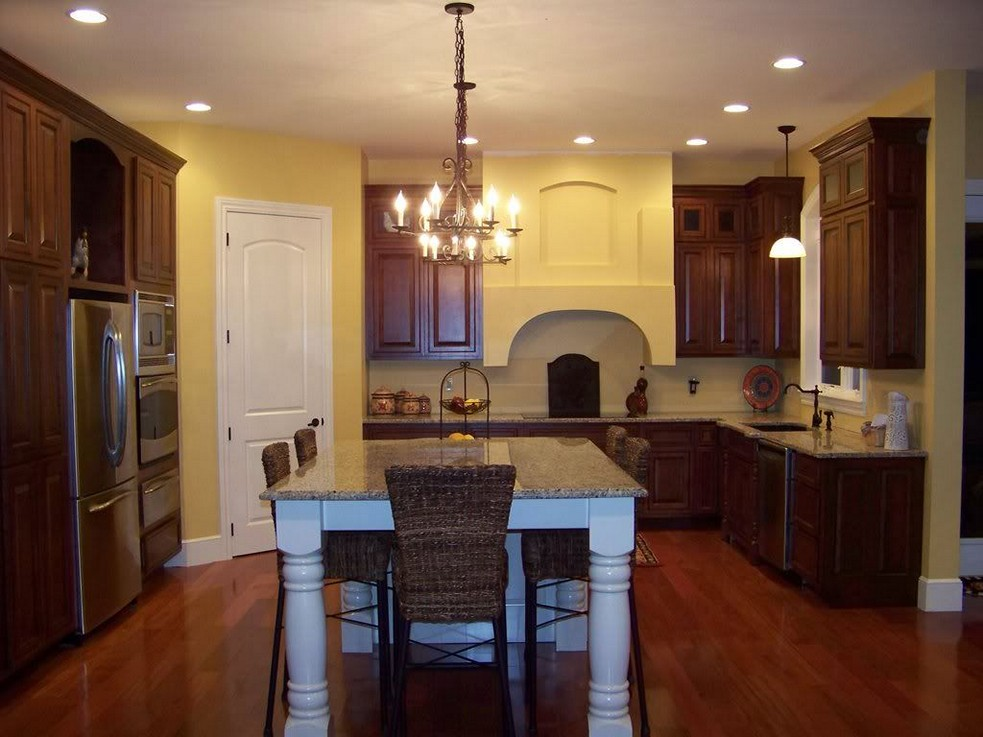 Inspired Color Schemes for Kitchens With Dark Cabinets ...