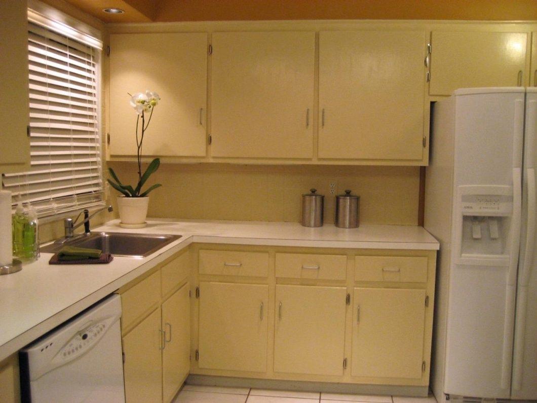 Flat Kitchen Cabinet Doors Makeover Ideas — Schmidt ...