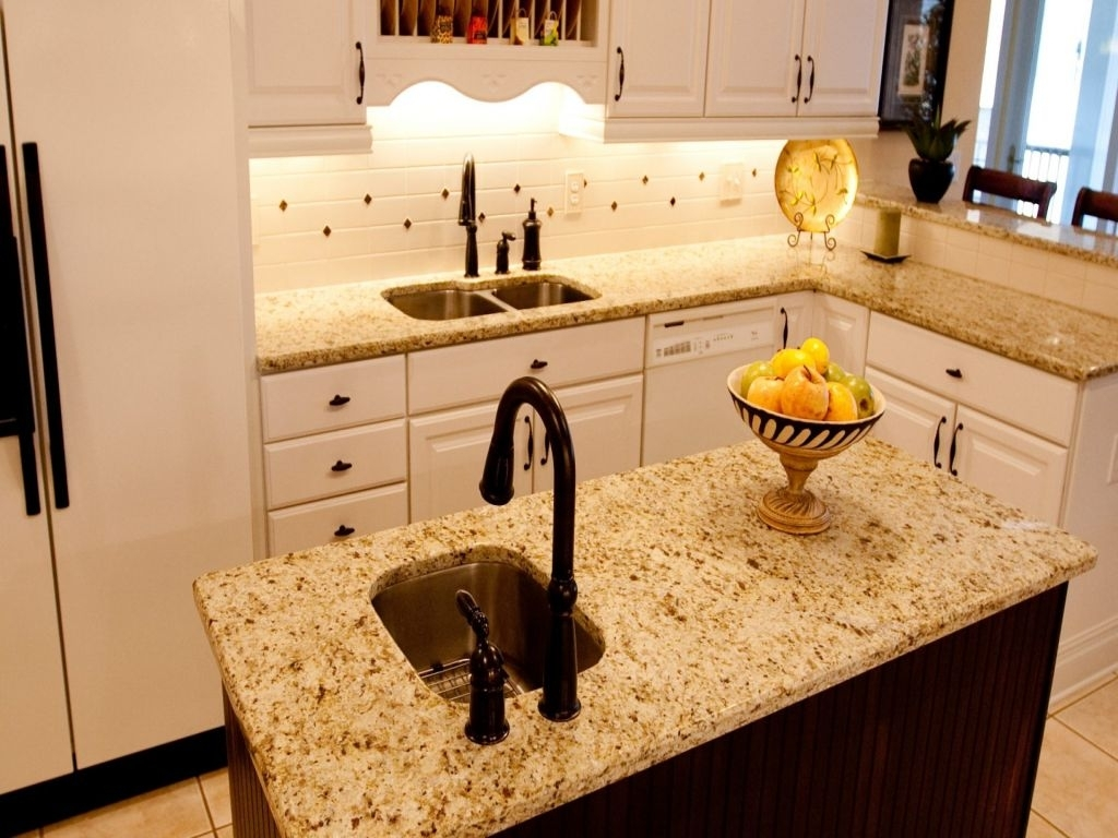 Small Kitchen Island With Sink And Dishwasher : Schmidt ...