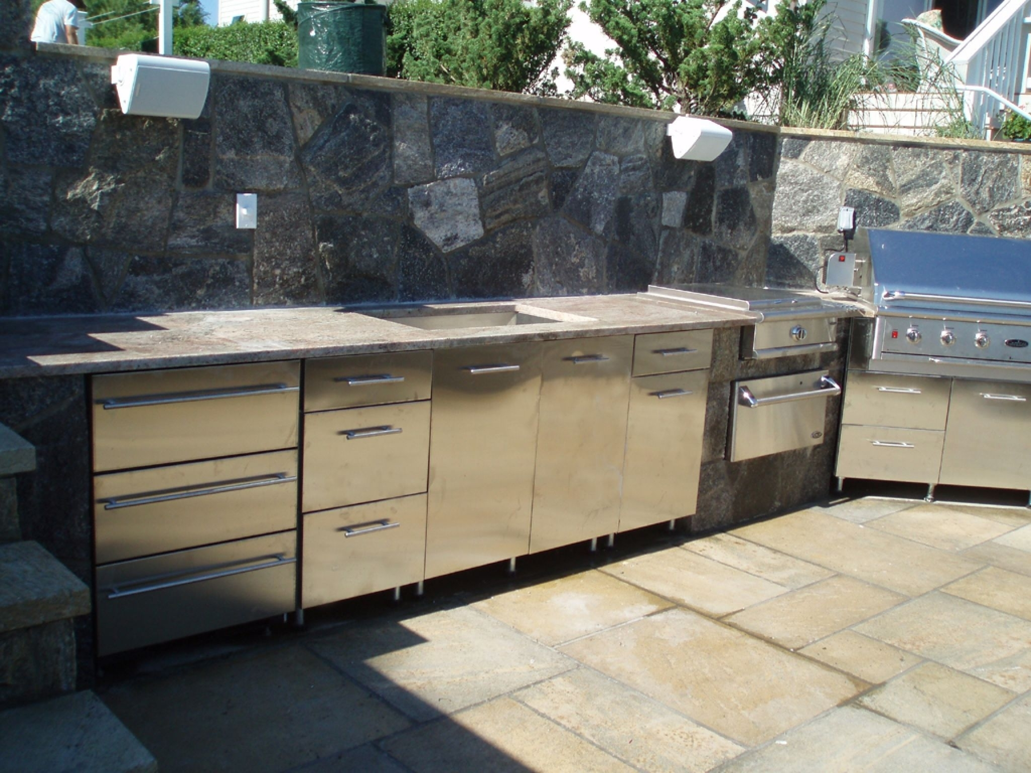 Simple Modular Outdoor Kitchen Kits